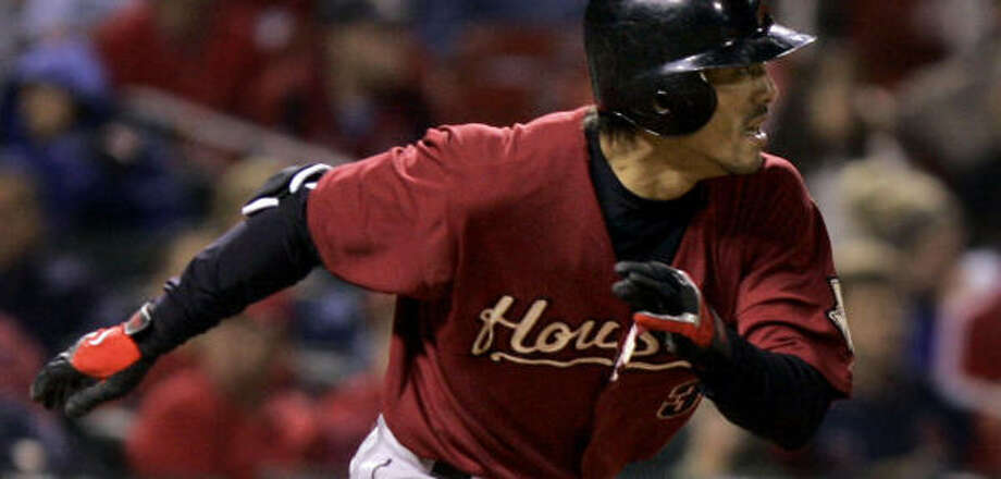 Kaz Matsui heads to first on a sixth-inning single. Photo: Jeff Roberson, AP