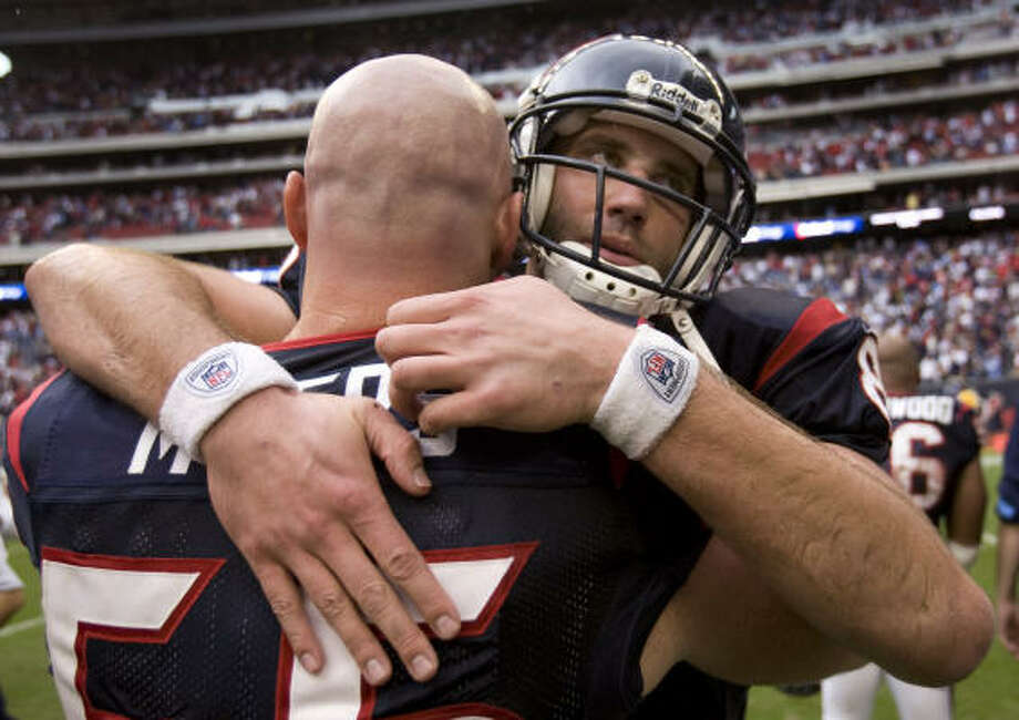 Texans quarterback Matt Schaub (8) was thankful for the blocking he got from center Chris Myers (55) and the rest of the offensive line in Sunday's win. Photo: Brett Coomer, Chronicle