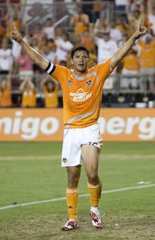 Dynamo forward Brian Ching returns to the starting lineup after scoring three goals in the U.S. national team's 8-0 win over Barbados in their 2010 World Cup qualifier Sunday. Photo: Bob Levey, For The Chronicle