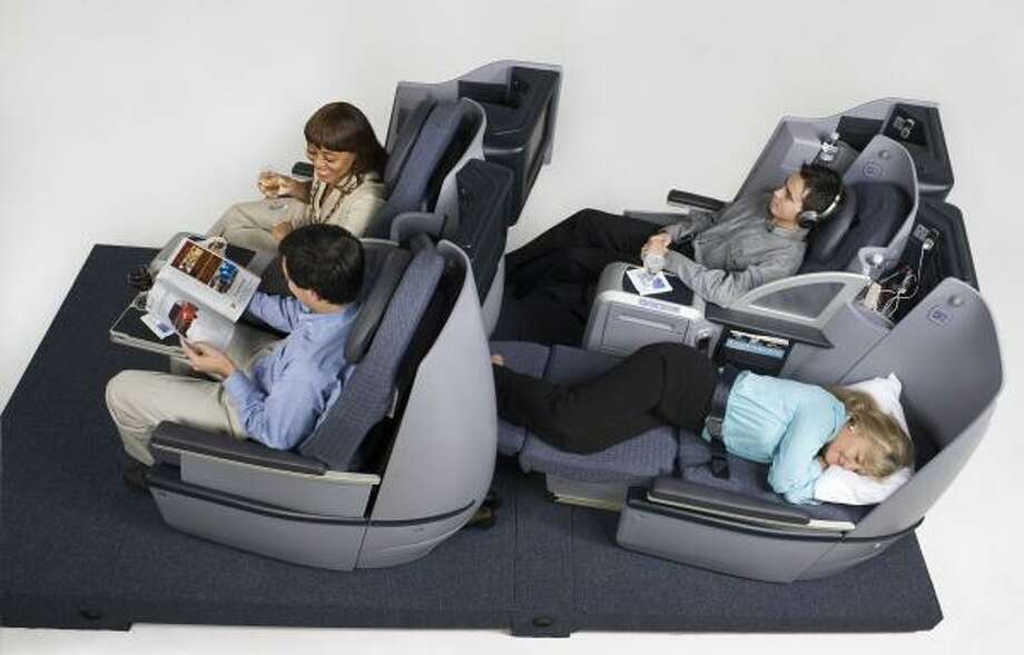 "Continental Airlines' new lie-flat seats will be available to ""BusinessFirst"" travelers. Photo: CONTINENTAL AIRLINES"