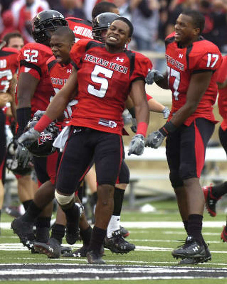The Texas Tech Red Raiders have something to celebrate with their 7-0 start, but they're about to embark on treacherous four-game stretch with ranked Big 12 opponents. Photo: Geoffrey McAllister, AP