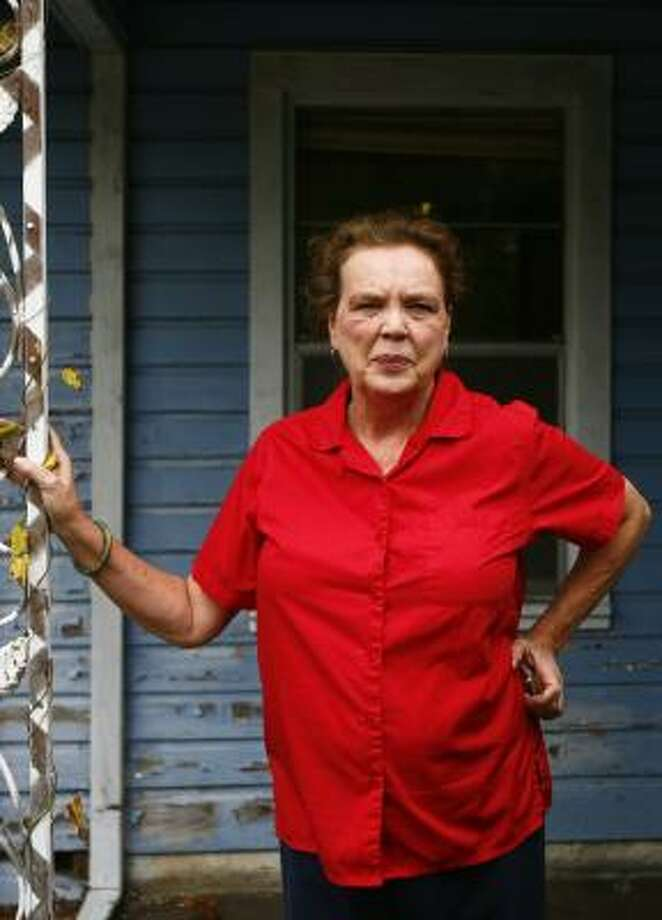 Marsha Farmer had spent nearly eight years combating mismanagement in a city-run, home repair program. Photo: MICHAEL PAULSEN, CHRONICLE