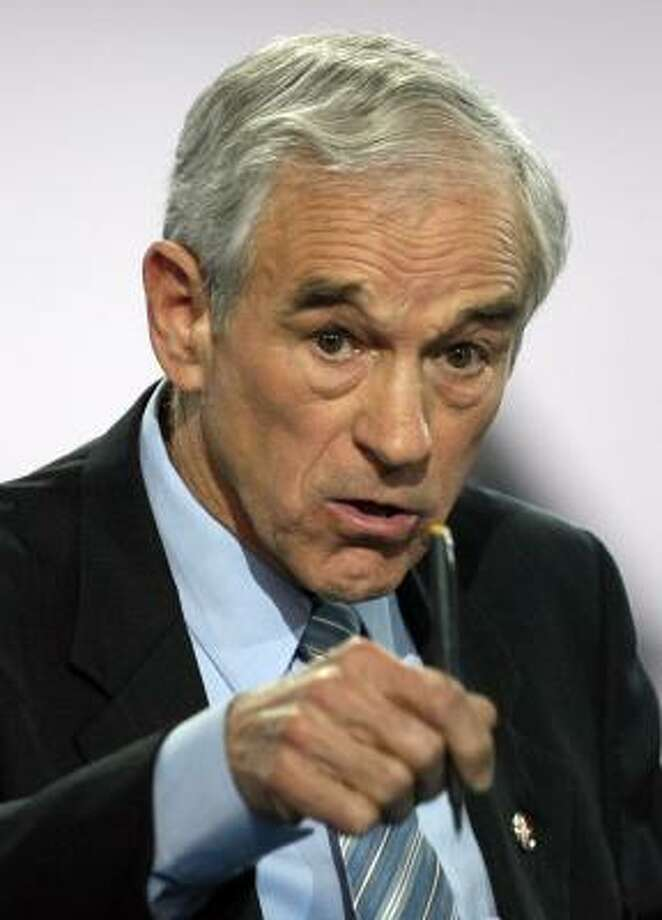 Ron Paul has $4 million in political cash leftover from his presidential bid. Photo: GABRIEL BOUYS, AFP/GETTY