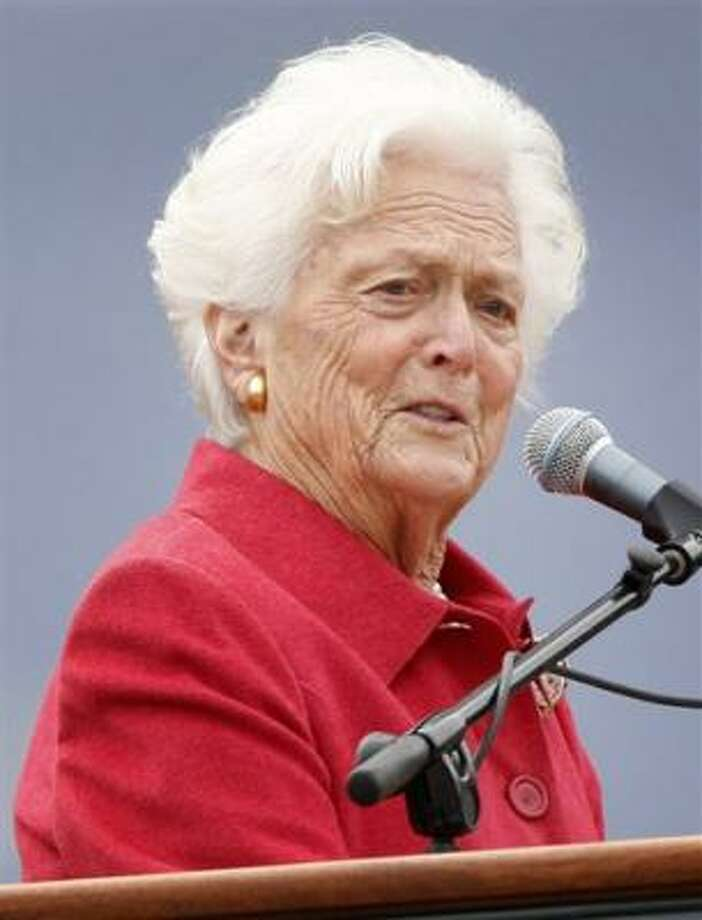 Barbara Bush will stay in the hospital for a week. Photo: Susan Walsh, Associated Press