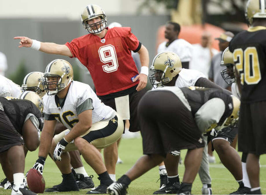 New Orleans Saints quarterback Drew Brees Brees set career highs last season with 652 attempts, 440 completions, 67.5 completion percentage, 4,423 yards, 28 touchdown passes and 18 interceptions. Photo: Brett Coomer, Houston Chronicle