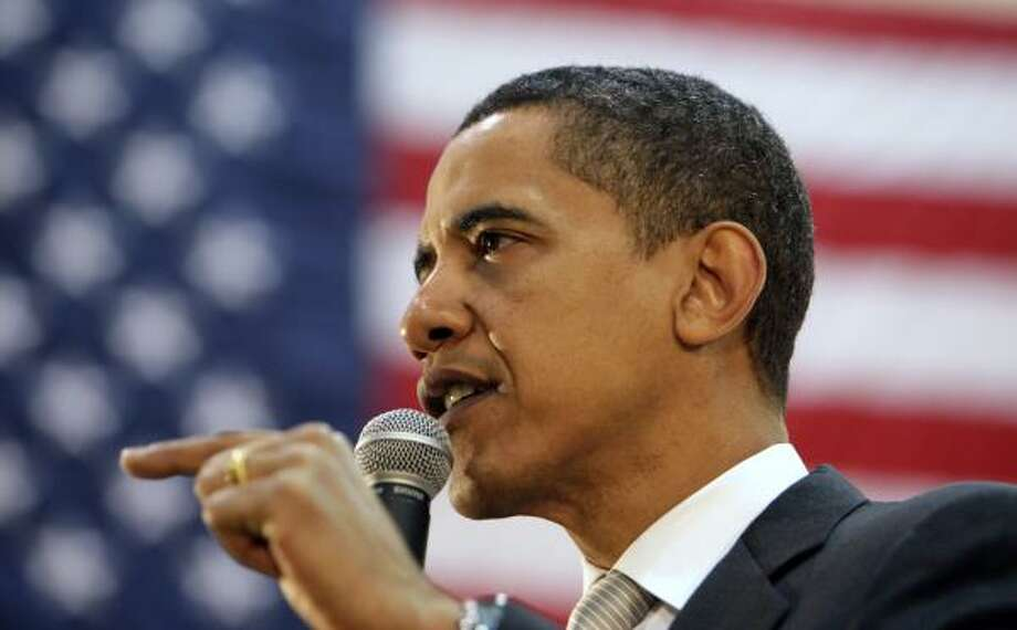 Sen. Barack Obama D-Ill., holds a town hall meeting at Ball State University in Muncie, Ind., on Saturday. Photo: Alex Brandon, Associated Press