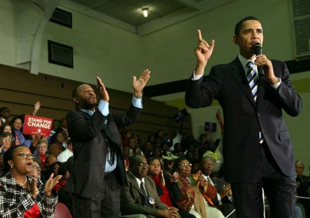 Democratic presidential candidate Barack Obama stirs a crowd at Kingstree Senior High in Kingstree, S.C., before the South Carolina primary.
