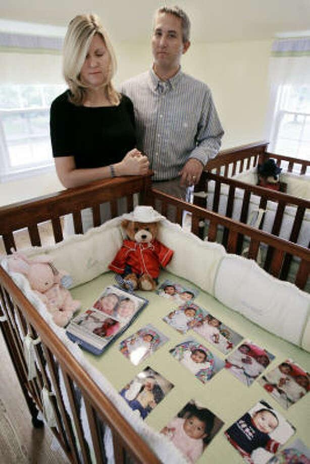 Adoption Press Room  >> Guatemala Adoption Probe Puts U S Families In Limbo Houston Chronicle