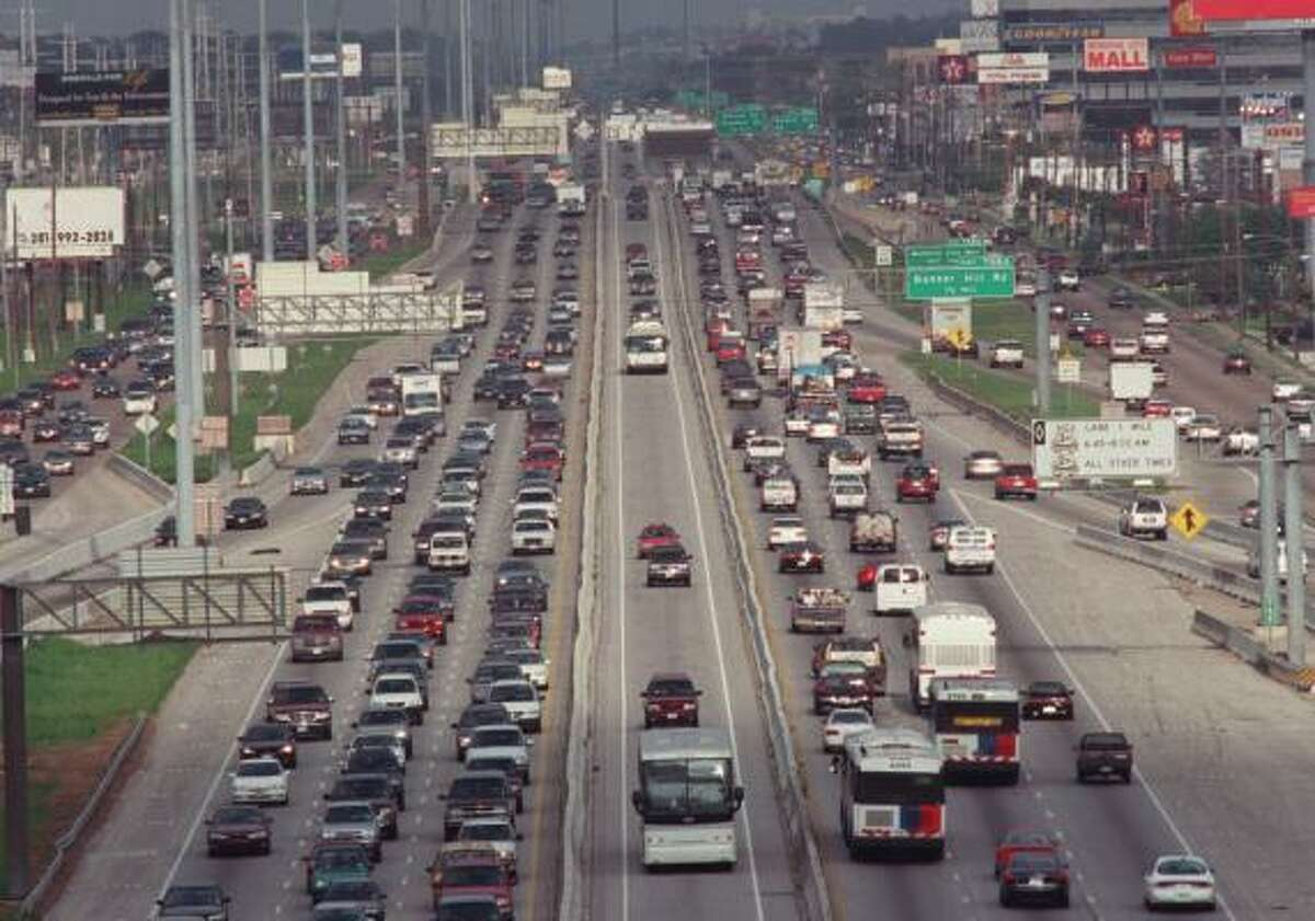 The Katy Freeway in 2001, before it was widened.