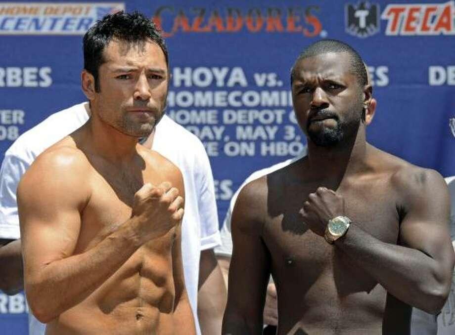 the boxer oscar de la hoya essay