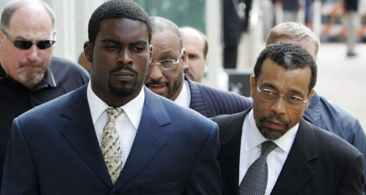 Michael Vick has vowed to redeem himself in the wake of his dogfighting scandal.