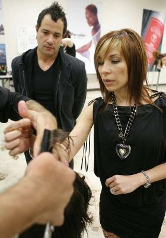Salon owners' school teaches students to make the cut