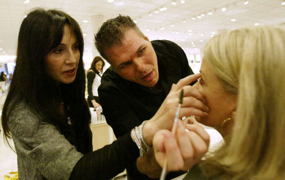 Eyebrow Sculptor To The Stars Shares Her Secrets Houston Chronicle