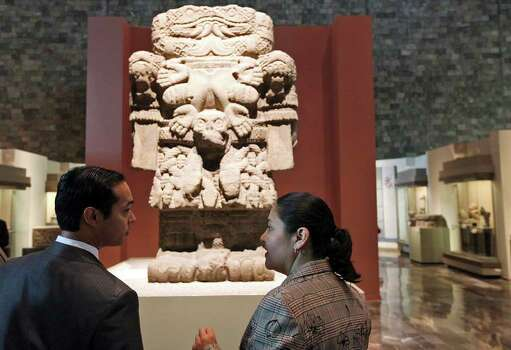 Mayor Julián Castro (left) listens to docent Claudia Valeria Perez during a tour of the Museo Nacional de Antropologia Tuesday Aug. 9, 2011 in Mexico City, Mexico. Photo: EDWARD A. ORNELAS, SAN ANTONIO EXPRESS-NEWS / © SAN ANTONIO EXPRESS-NEWS (NFS)