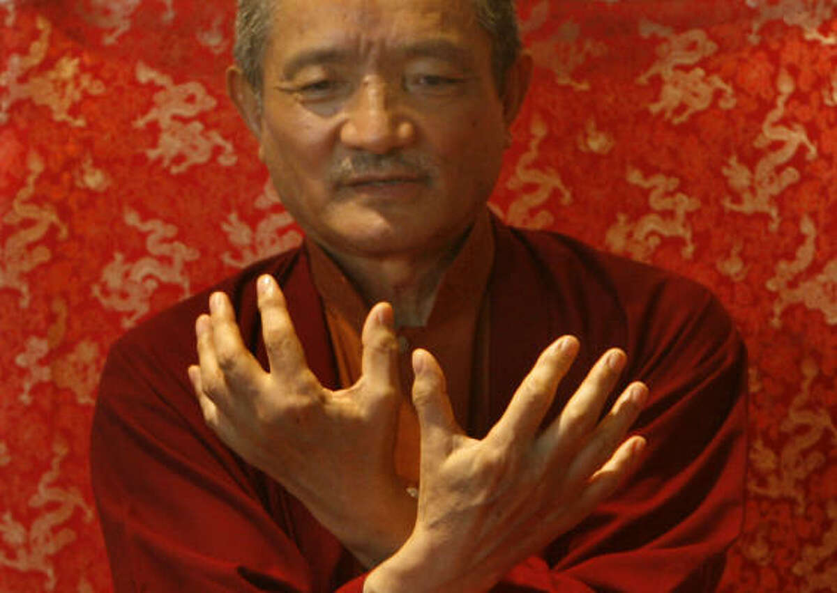 Tibetan Buddhist monk Tulku Thondup, who writes and lectures extensively on meditation, urges those who are bereaved to focus on the positive aspects of a loved one's life, then