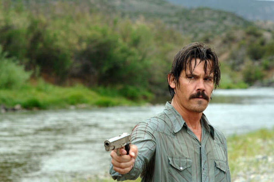 Josh Brolin stars as Llewelyn Moss in No Country for Old Men. Photo: Miramax Films