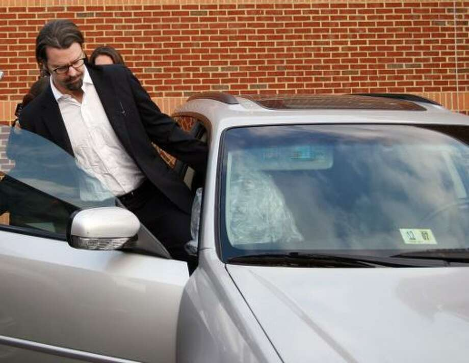 William Beebe leaves the Charlottesville-Albemarle Regional Jail in Charlottesville, Va., on Thursday after serving less than six months of an 18-month sentence for aggravated sexual battery. Photo: KAYLIN BOWERS, DAILY PROGRESS