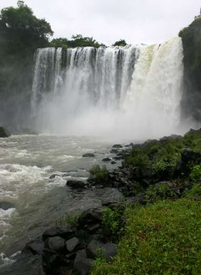 At 164 feet high, the Salto de Eyipantla is one of the most spectacular waterfalls in Veracruz state. Photo: ALTUG S. ICILENSU