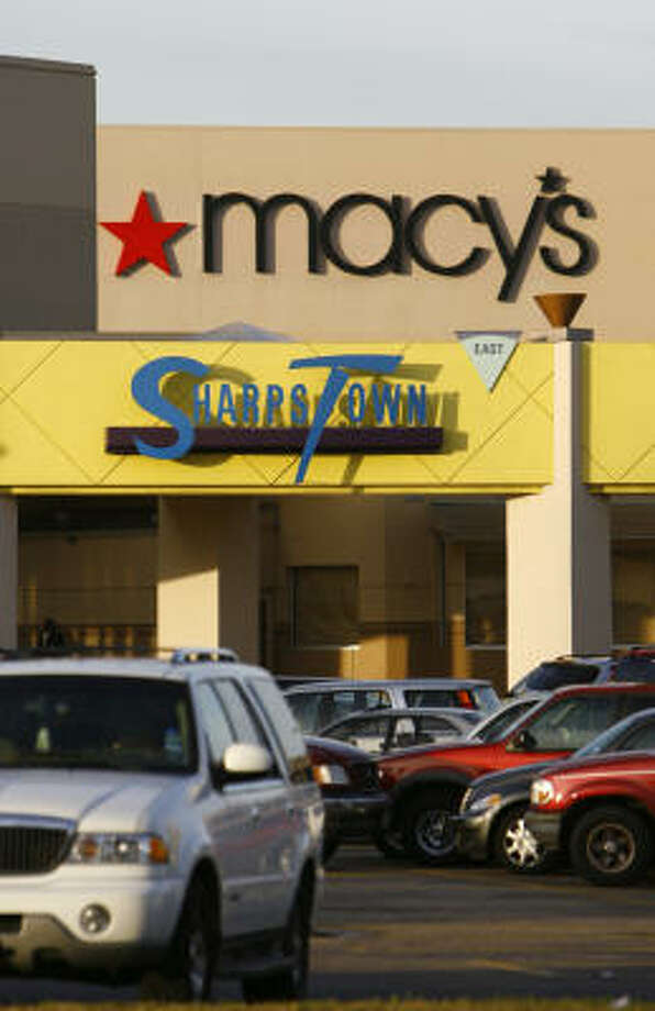 Macy's is closing the Sharpstown Center store. The store was the first Foley's outside of downtown Houston. Photo: Nick De La Torre, Chronicle