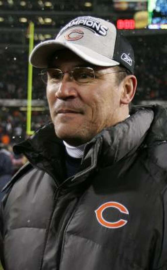 The length of the Bears' season has had a chilling effect on Ron Rivera's job prospects. Photo: JONATHAN DANIEL, GETTY