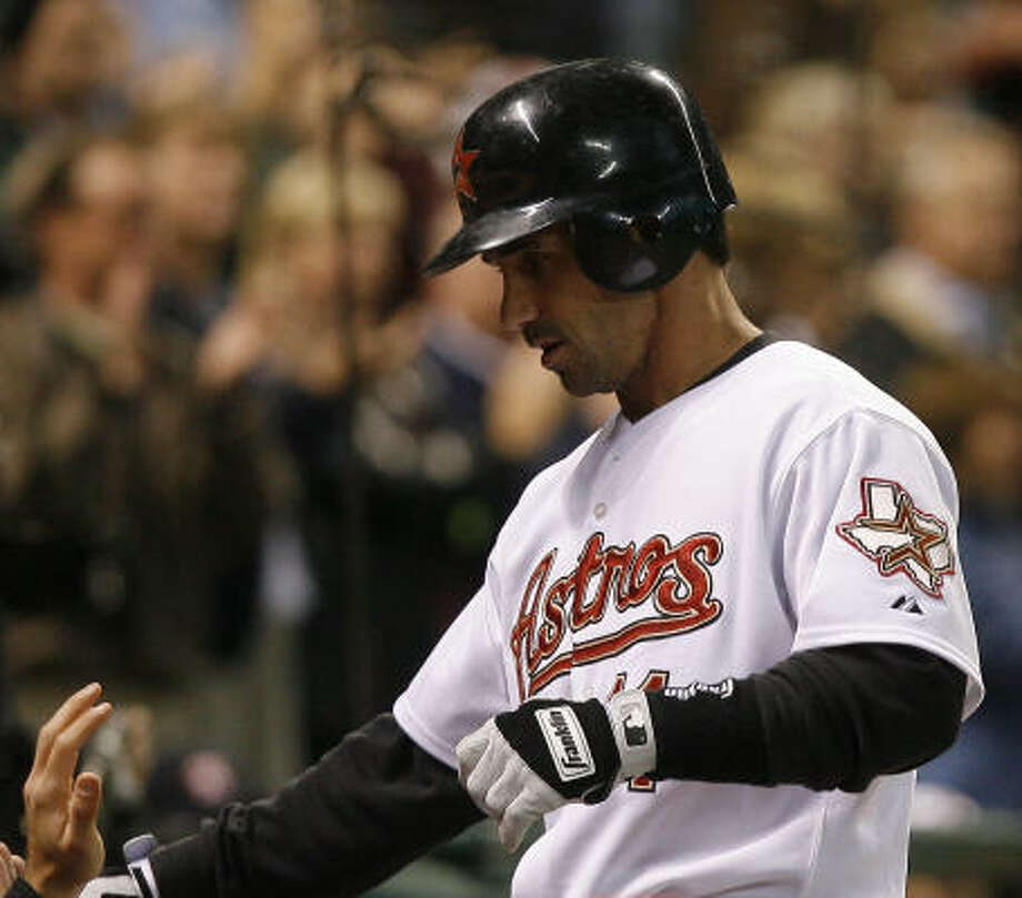 Brad Ausmus scored on Craig Biggio's double in the second. Photo: Steve Campbell, Chronicle
