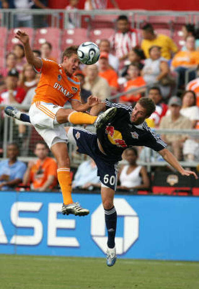 Stuart Holden's three goals and five assists has helped the Dynamo stay in the hunt for a second MLS championship. Photo: Billy Smith II, Chronicle