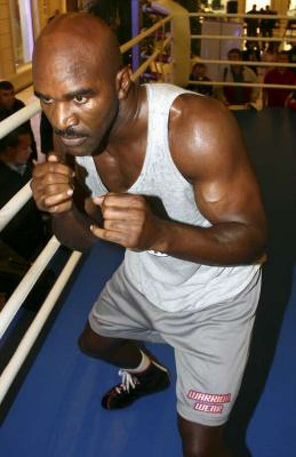 Evander Holyfield is fighting for the WBO title on Saturday. Photo: DMITRY KOSTYUKOV, AFP/GETTY IMAGES