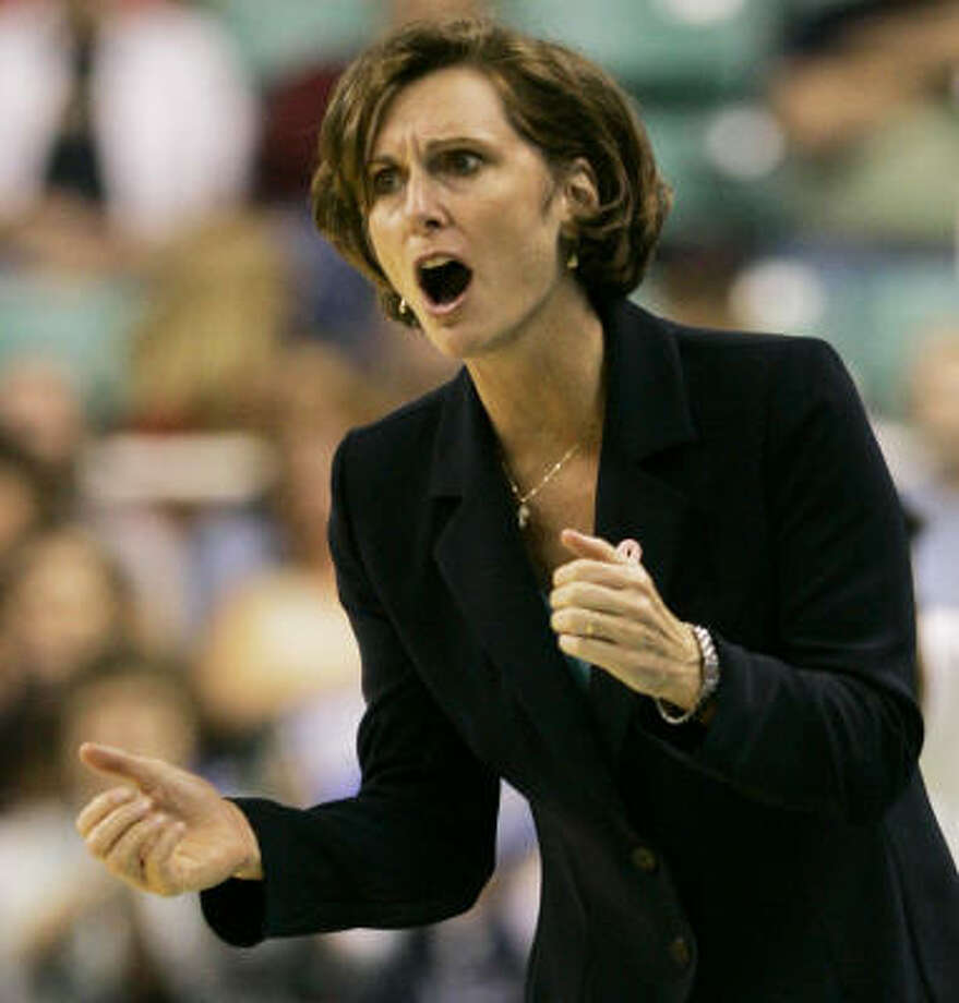 Duke coach Gail Goestenkors, a seven-time Atlantic Coast Conference coach of the year, has been considered the top candidate for the Texas job since Jody Conradt announced her resignation March 11. Photo: Gerry Broome, AP