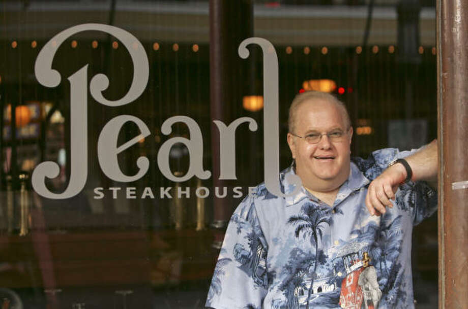 Lou Pearlman is shown inside his restaurant at Church Street Station in Orlando, Fla., in October, 2006. Pearlman is also the owner of Trans Continental Airlines and was the founder of the Backstreet Boys and 'NSYNC musical groups. Photo: JOHN RAOUX, AP