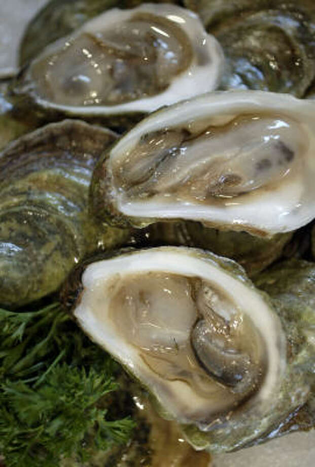 Oysters at the Oceanaire. Photo: Jessica Kourkounis, For The Chronicle