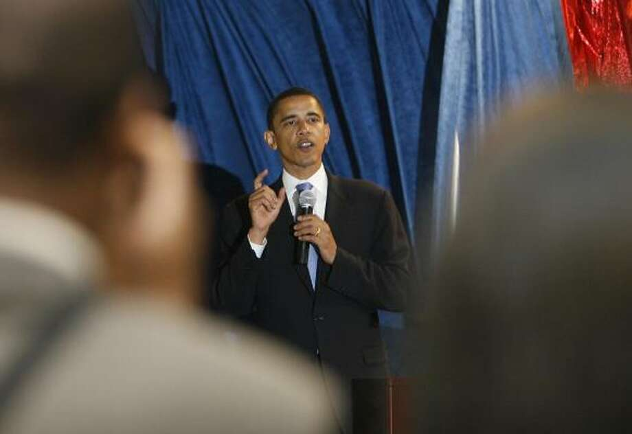 Democratic presidential candidate Sen. Barack Obama says the nation needs consensus. Photo: James Nielsen, Chronicle