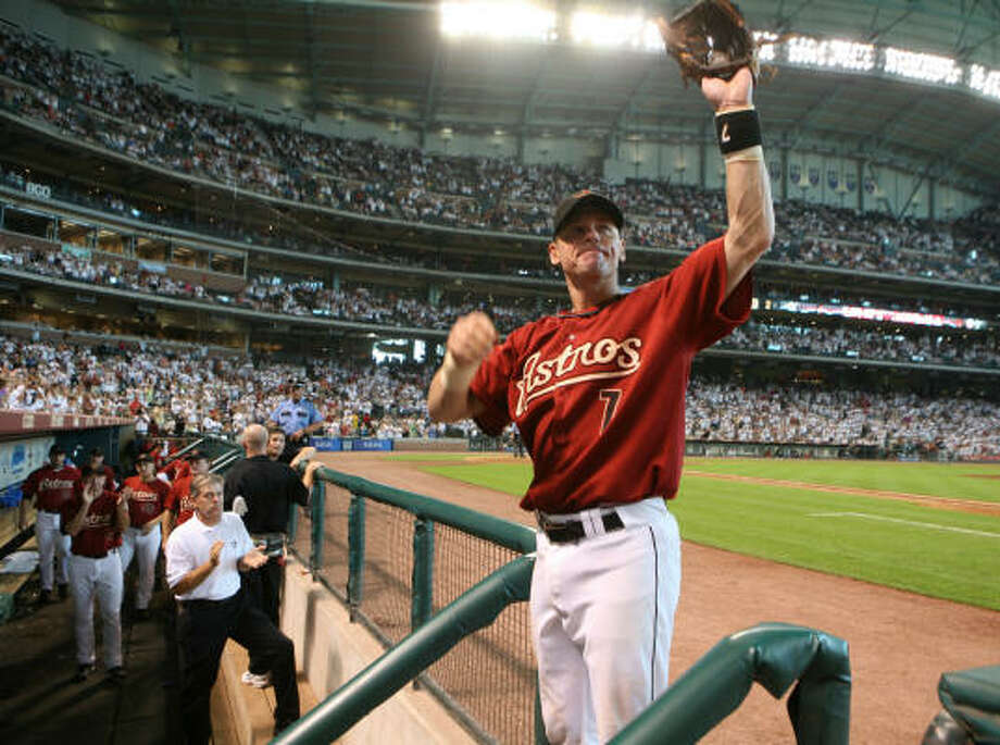 Craig Biggio came out of the game in the eighth having helped the team with a home run. Photo: Steve Campbell, Chronicle