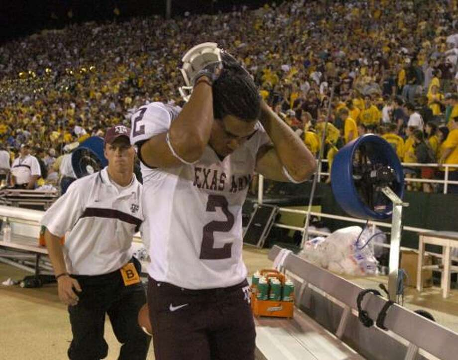 Even though Texas A&M doesn't consider the annual Battle of the Brazos game with Baylor its biggest rivalry, losing to the Bears can be devastating as it was in 2004 when the 16th-ranked Aggies lost 35-24 in overtime. Photo: BUTCH IRELAND, AP