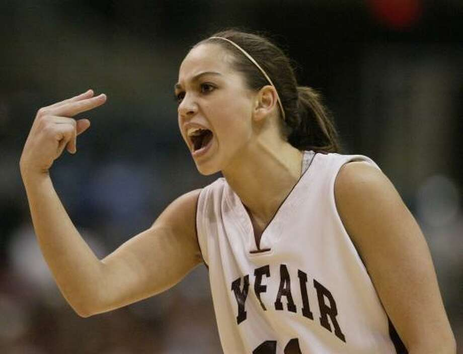 Cy-Fair guard Carli Bakondy plans to continue her playing career at the University of Idaho. Photo: Aaron M. Sprecher, CHRONICLE FILE