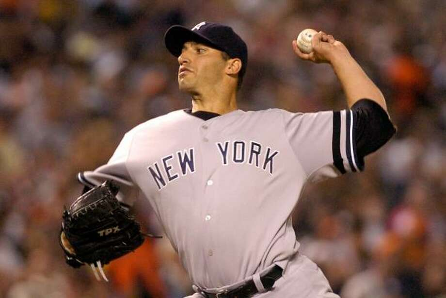 Yankees pitcher Andy Pettitte is confident his team can pull a comeback similar to the 2004 Astros. Photo: Greg Fiume, Getty Images
