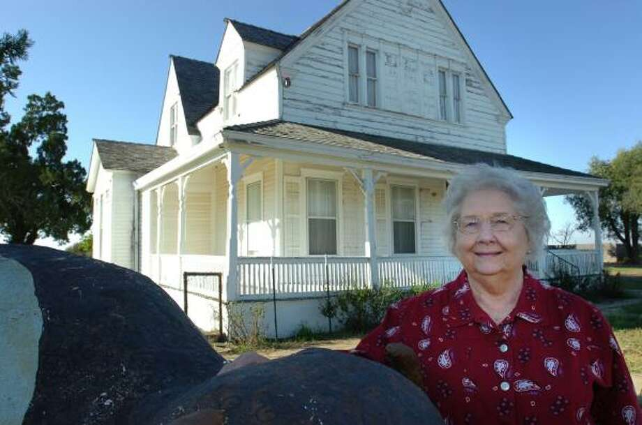 Montie Goodin, the daughter of Charles Goodnight's last ranch foreman, is leading the movement to renovate the home that belonged to Goodnight, a well-known Texas rancher. Photo: HENRY BARGAS, For The Chronicle
