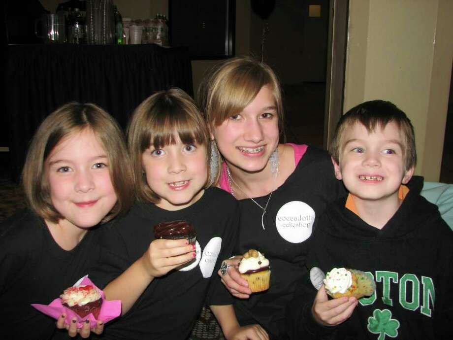 "Were you Seen at the Coccadotts ""Cupcake Wars"" viewing party? Photo: Kristi Gustafson Barlette/Times Union"