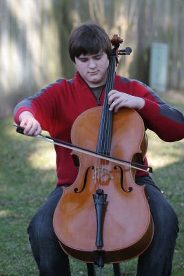 Branson Yeast, a 17-year-old student at the High School for Performing and Visual Arts, is one of three Memorial-area musicians who will play at the Houston Civic Symphony's Young Artists Concerto Concert on April 3. Photo: Kenzie DelaTorre, For The Chronicle