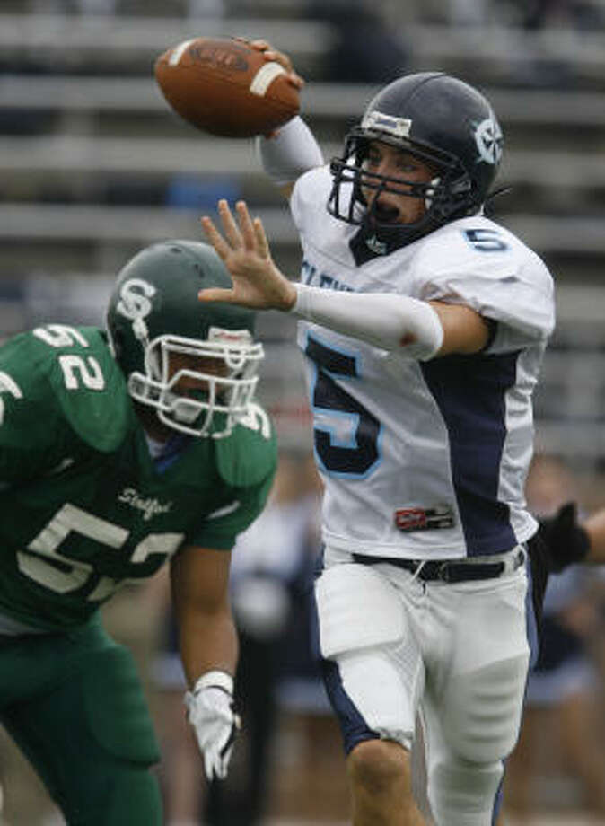 Derek Carr leads Clements up against a tough Katy team this week in the Class 5A playoffs. Photo: Melissa Phillip, Houston Chronicle