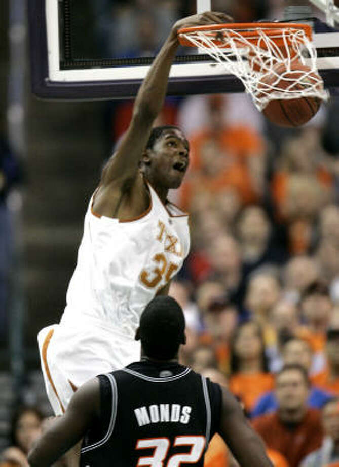 Kevin Durant and the Longhorns will face Kansas on Sunday for the Big 12 tournament title. Photo: Sue Ogrocki, AP