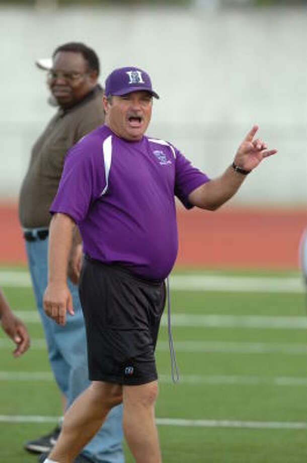 Only seven starters return this season under Humble football coach Walt Beasley. Photo: Thomas Nguyen, For The Chronicle