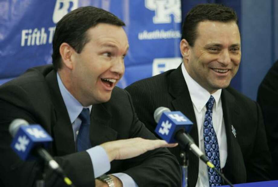Kentucky athletic director Mitch Barnhart, left, was successful in courting Billy Gillispie after Florida coach Billy Donovan opted to remain with the Gators. Photo: Ed Reinke, AP