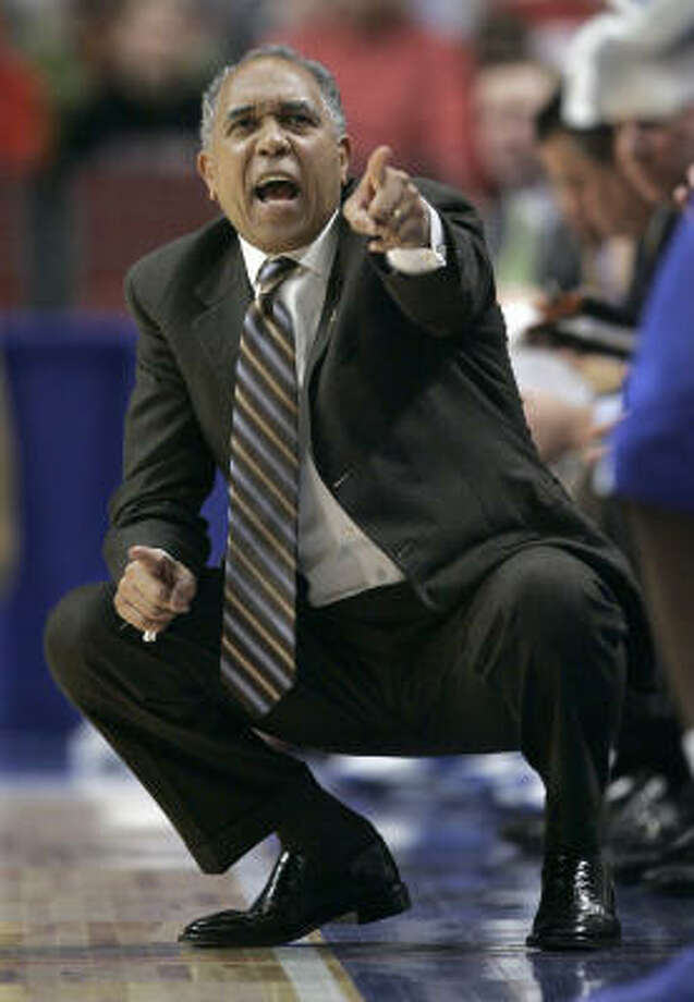 After winning a national championship in his first season as Kentucky's coach, Tubby Smith hasn't been back to the Final Four since that 1998 title. Photo: Nam Y. Huh, AP