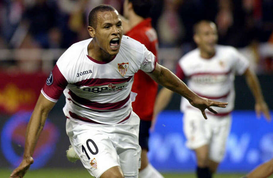 Sevilla's Brazilian Luis Fabiano celebrates after scoring in a victory over Osasuna during Thursday's UEFA Cup semifinal match. Photo: CRISTINA QUICLER, AFP/Getty Images