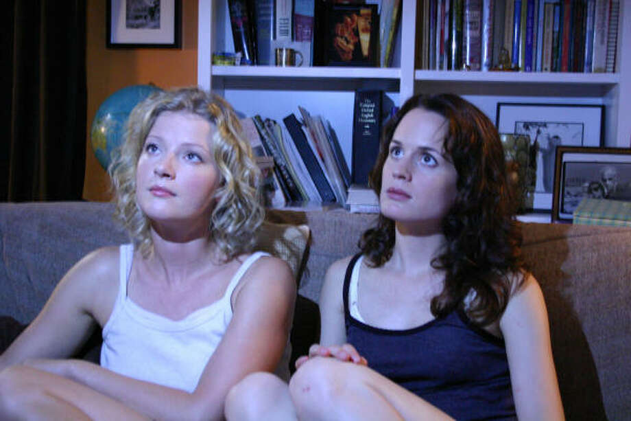 Gretchen Mol, left, and Elizabeth Reaser star in Puccini for Beginners. Photo: Strand Releasing