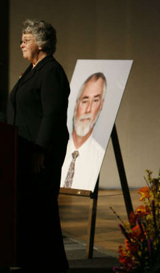 Linda Beverly, widow of David Beverly, speaks during her husband's memorial service on Wednesday at Johnson Space Center. Beverly, a NASA engineer, was fatally shot last week in his office. Photo: Karen Warren, Houston Chronicle