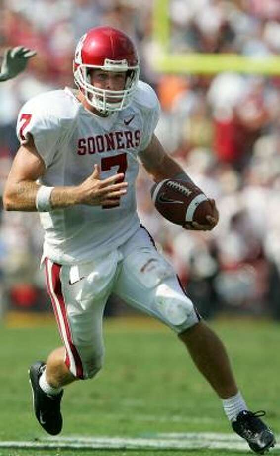 Rhett Bomar showed an ability to run as well as throw while at Oklahoma. Photo: JEFF GROSS, GETTY IMAGES