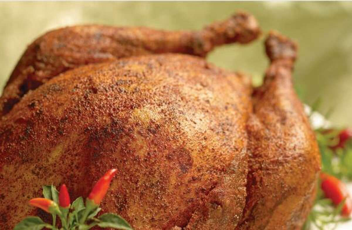 Fried turkey has become a Thanksgiving favorite in recent years. While, cooking the bird can be a great social opportunity, it can also be hazardous. Click through for a few do's and don'ts for turkey frying.