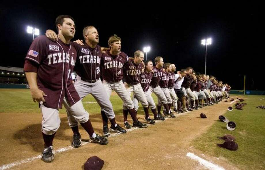 Texas A&M earned a trip to the super regionals and a matchup with second-seeded Rice after beating Louisiana-Layfayette in the College Station Regional. Photo: Wade Barker, AP