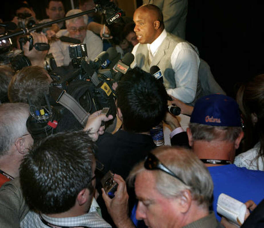 Baseball's best are at the All-Star game, but there is no doubt this is Barry Bonds' show. Photo: Kat Wade, AP